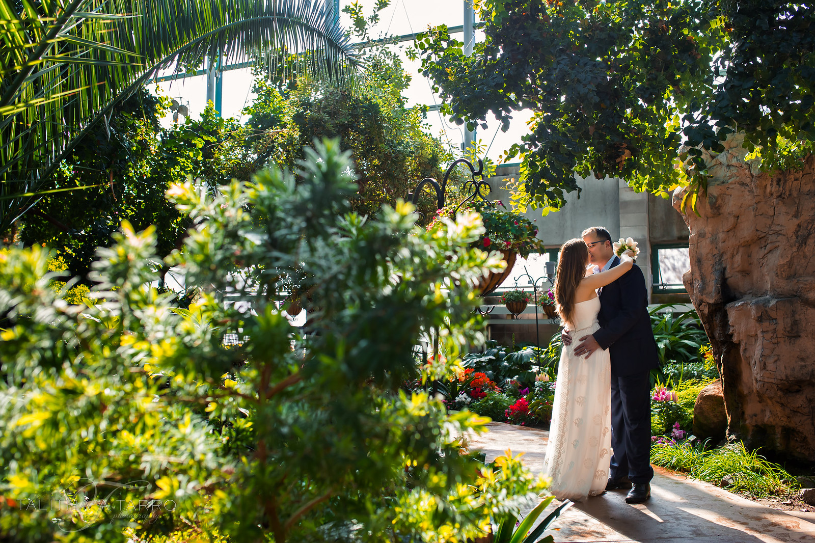 A little wedding with lots of love at the albuquerque botanic garden talitha tarro photography for Botanical gardens albuquerque new mexico
