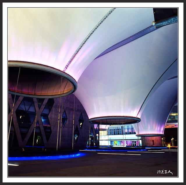 ++大東文藝中心、新威、舊鐵橋++