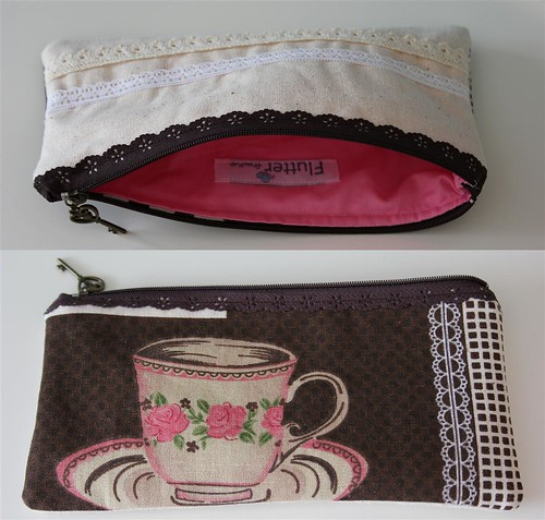 Lace Zipper Pouch