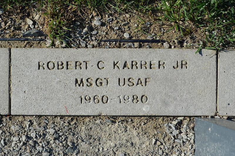 KarrerJr,Robert
