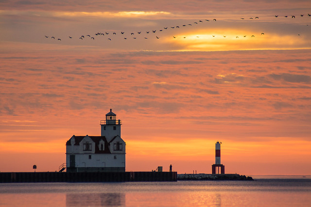 Sunrise, Lighthouse, Morning, Kewaunee, Wisconsin, Lake Michigan