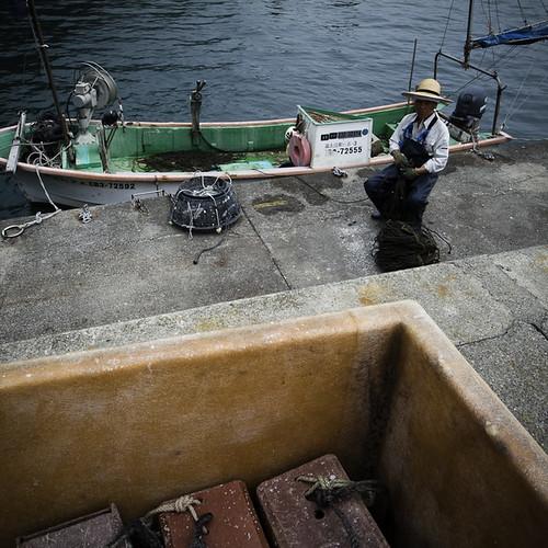 Fisherman with Boat, Rope and Trap, Okitsu, Chiba, Japan