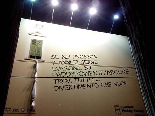 Evasione Pubblicità alle Colonne by Ylbert Durishti