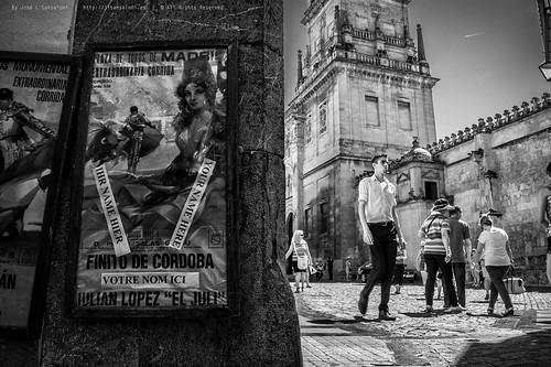 """Serie """"La Ciudad es un Millon de Cosas"""" - Socialidades en la Mezquita by Sansa - Factor Humano"""