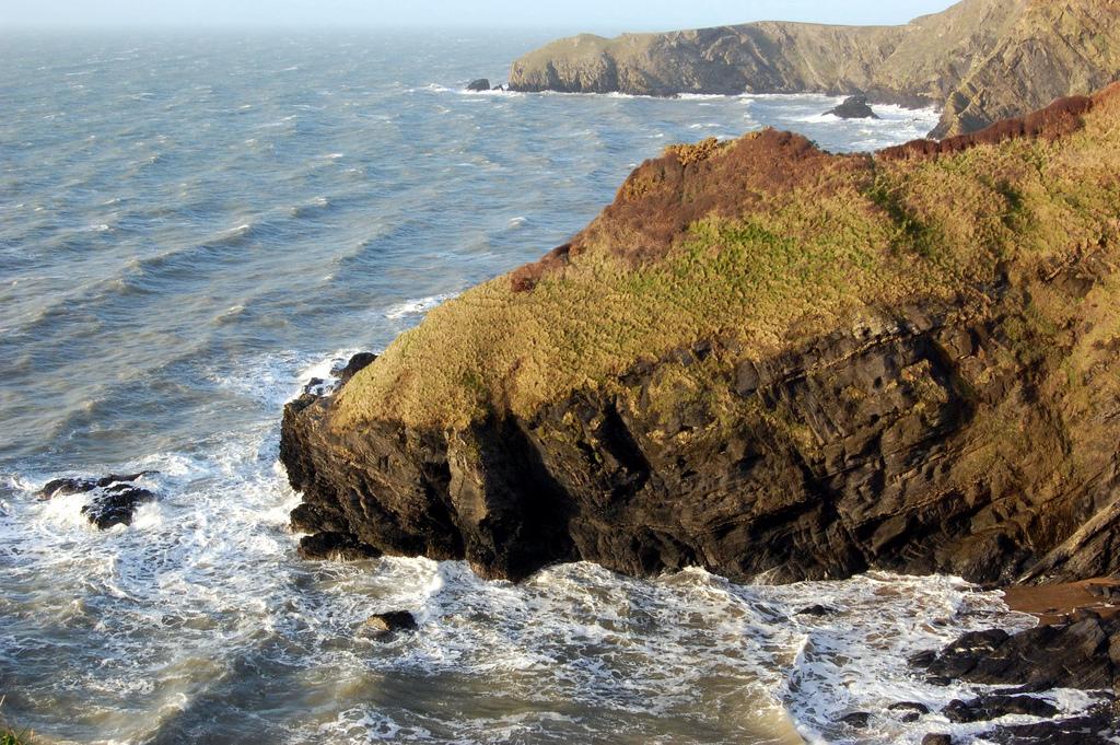 13. Otra vista de las costas de Gales. Autor, Víctor Bayon