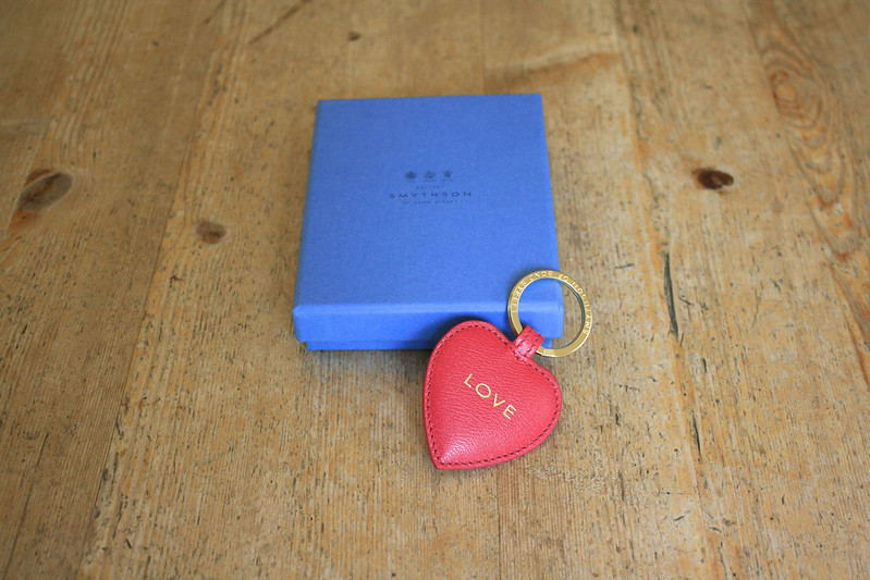 smythson breast cancer love key ring