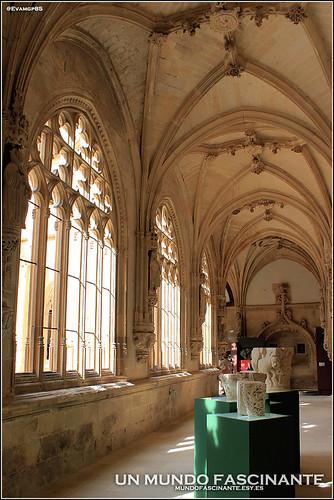 Claustro del Monasterio de San Salvador, Oña.