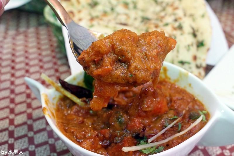 30259092743 db67b304cc b - 熱血採訪 | 台中西區【斯里瑪哈印度餐廳】印度人開的全印度料理,正宗道地美味,推薦必點印度烤餅、印式棒棒腿