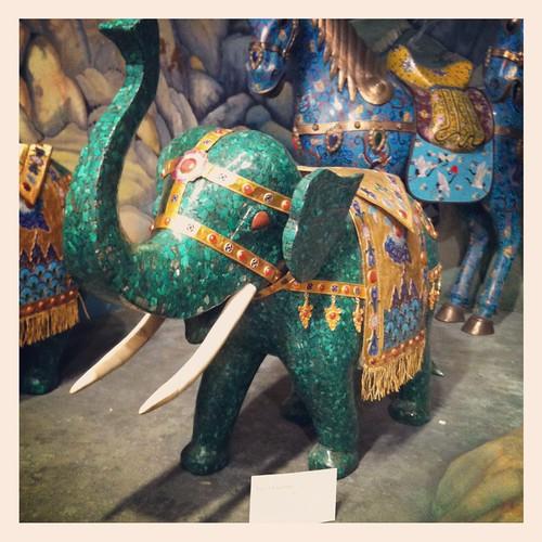 Tiny elephant, Belz Museum, Memphis, Tenn.