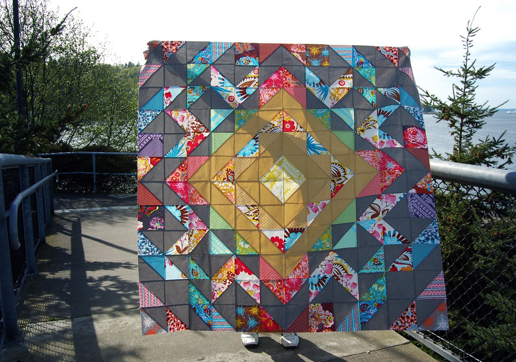 Sunglow Quilt Top in Loulouthi