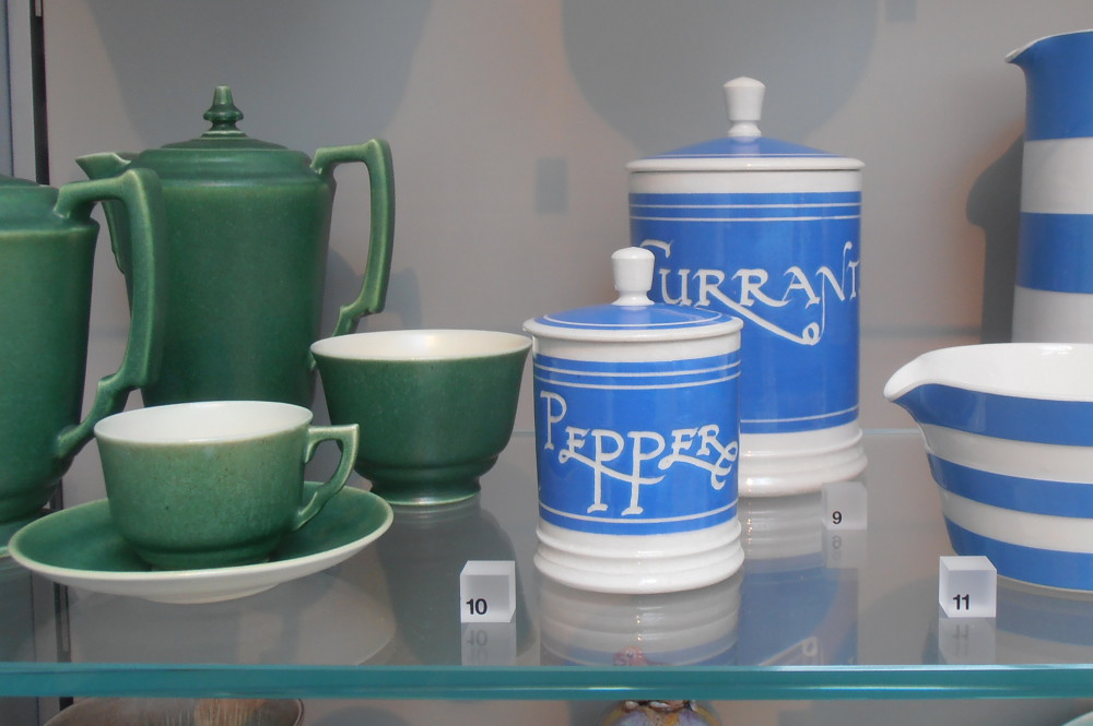Victoria and Albert Museum Poole Pottery Collection
