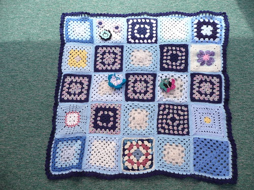 Thanks to everyone for sending Squares in for this Blanket.