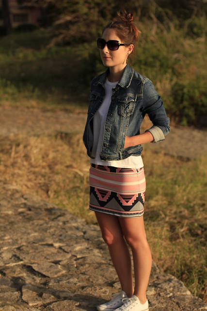 skirt and converse