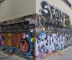 Graffiti en el Beatriz de Suabia