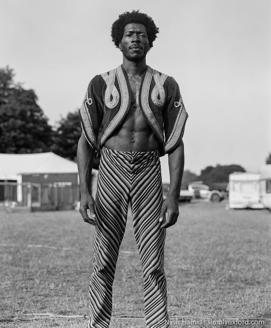 Giffords Circus performer