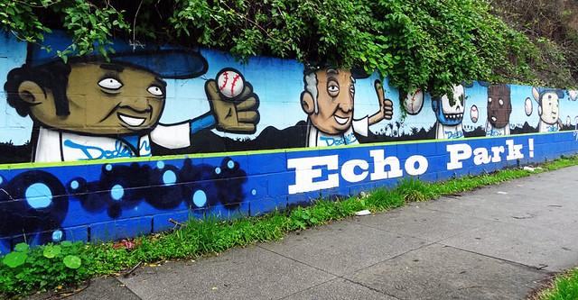 echo-park-dodgers-mural