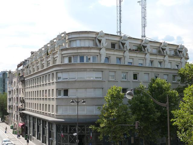 immeuble aux sculptures 2