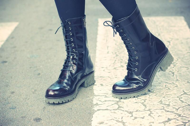 Look botas militares burdeos - Monicositas