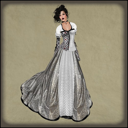 TWA Marion of Loxley Gown Set-Group Gift Boxed by Orelana resident