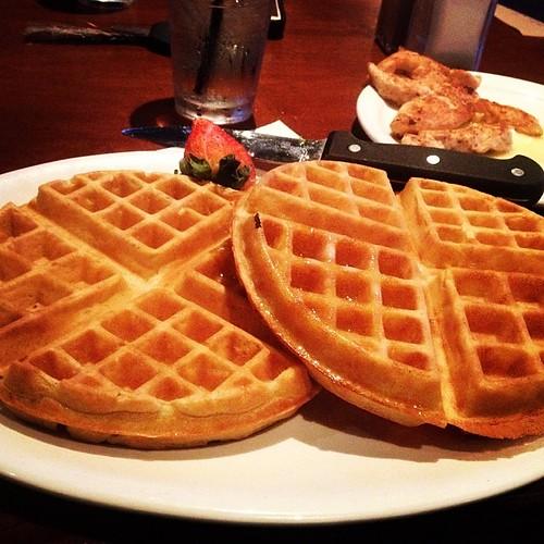 Chicken and waffles #carbloading #runchat #running