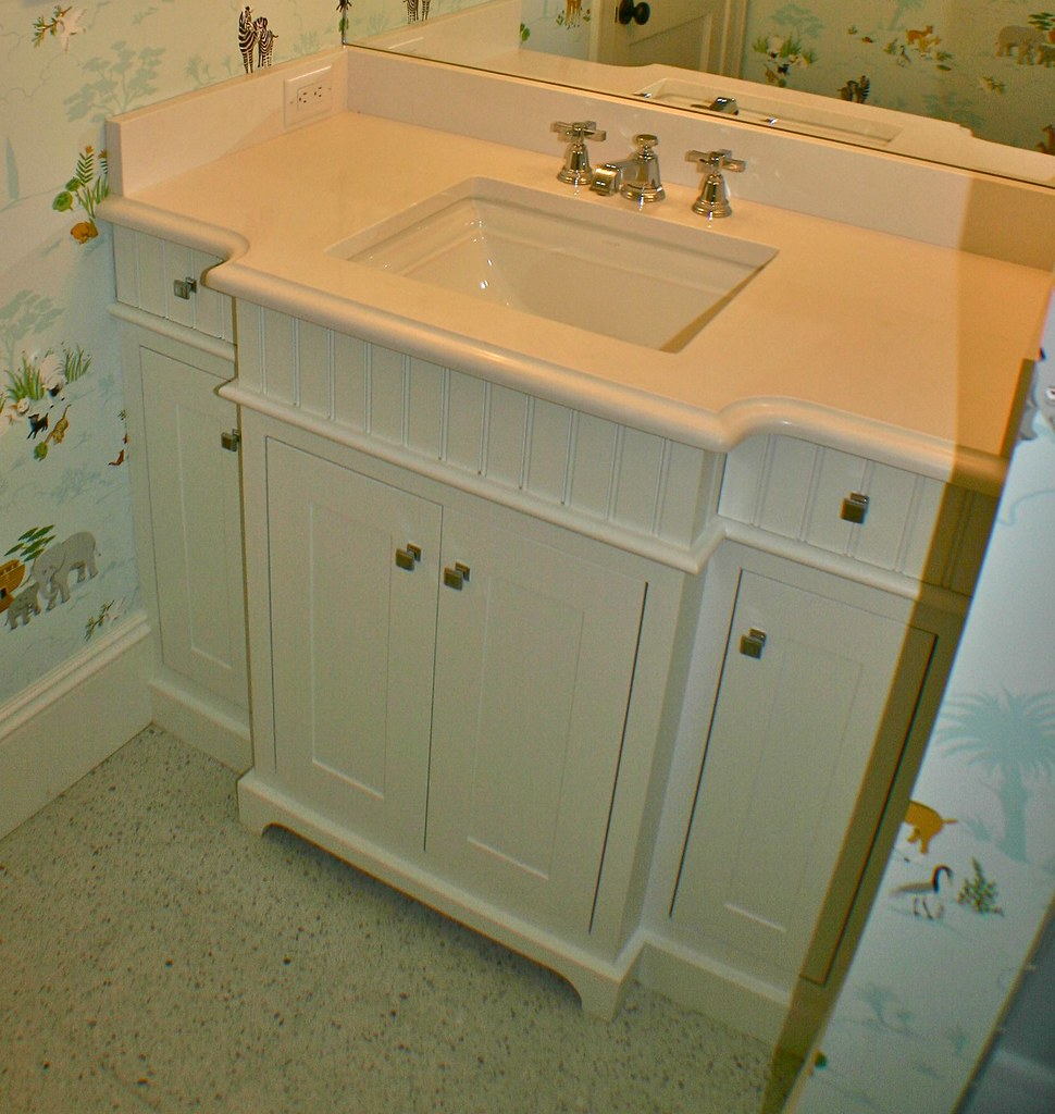 little girl's bath with style and function