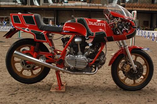 2009 Scottish Classic Motorcycle Show - Indoors