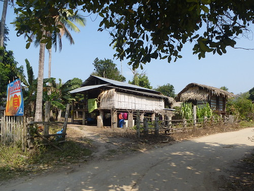 Th-Um Phang -Mototaxi (26)