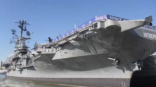 #SnapShot | The #USSIntrepid