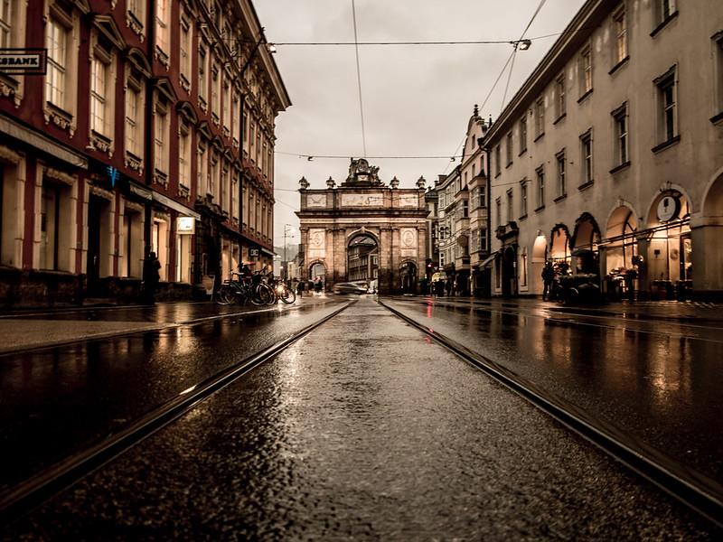 RainyStreet_Stubai,Aus_G.LHeureux-2774