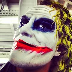 joker(1.0), purple(1.0), fictional character(1.0), costume(1.0),