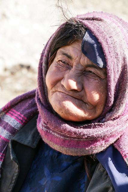 Portrait of a Qashqai woman, Firuzabad, Iran フィールーズ・アーバード、カシュガイ族女性のポートレート