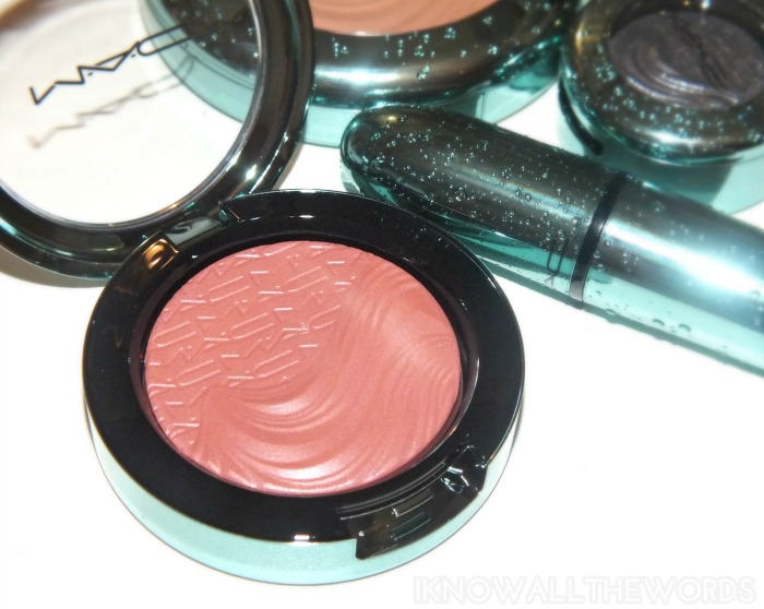 mac alluring aquatic collection extra dimension blush- sea me, hear me (1)