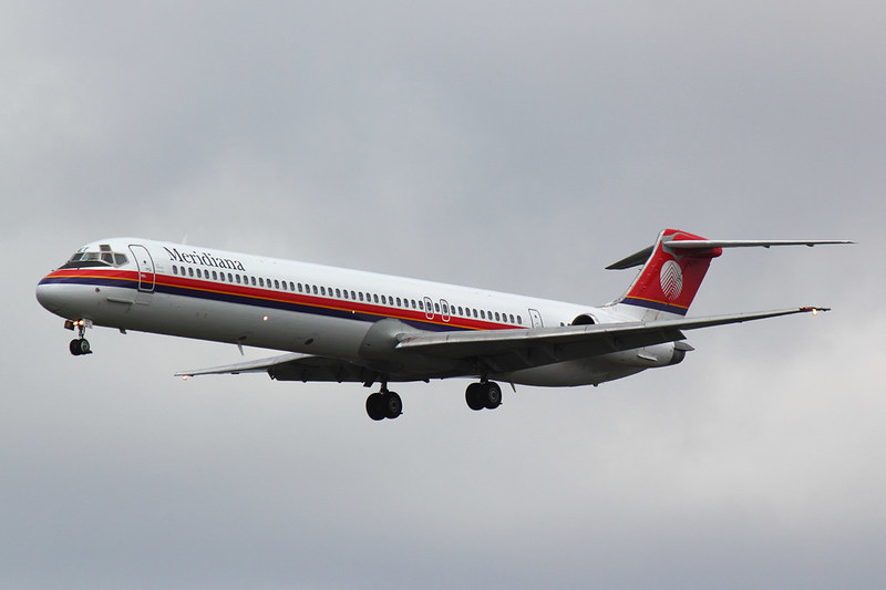 Meridiana - MD82 - I-SMET (1)