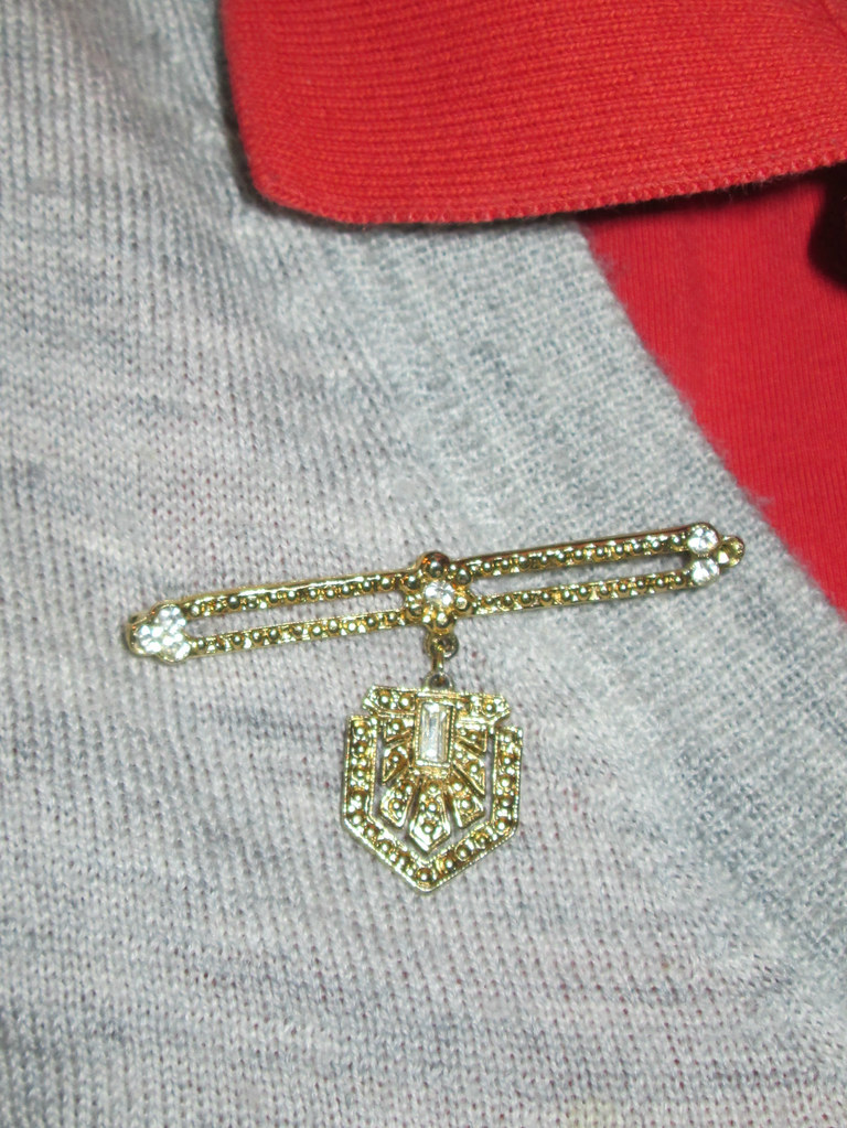 right pin detail