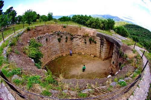 grave greece griechenland grèce mycenae tholos tombeau mycènes