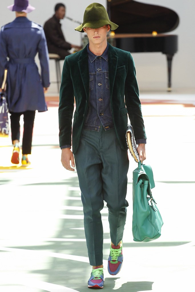 SS15 London Burberry Prorsum007_Abel van Oeveren(VOGUE)
