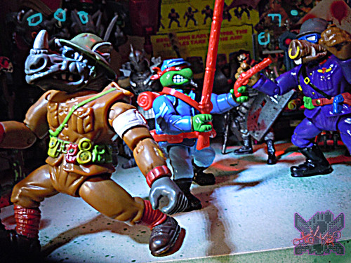"""MUTANT MILITARY 2"" TEENAGE MUTANT NINJA TURTLES ::  YANKEE DOODLE RAPH  xiv // .. vs. MM2 ""Dimwit Doughboy Rocksteady"" & ""Private Porknose Bebop"" '92  (( 1992 ))"