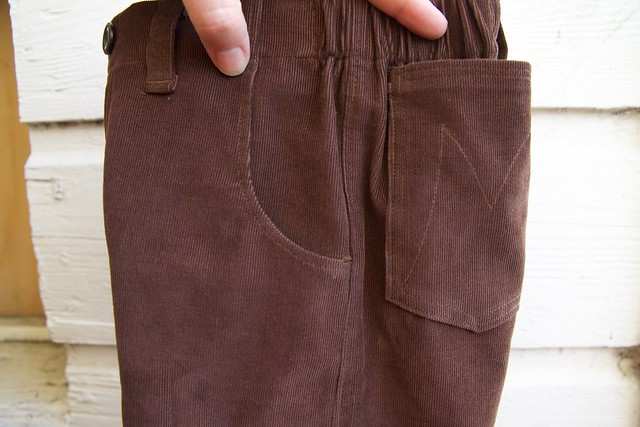 corduroy Parsley pants side