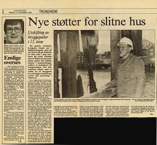Nye støtter for slitne hus - Utskifting av bryggepæler i 12. time (1984)