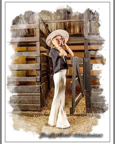 #Rebidio. #Foto #modelo #model #moda #fashion #Establo #Fotomontage. Modelo : Giulliana Scaraboti.