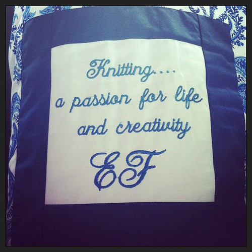 On my favorite knitting bag:) Sulla mia borsa per la maglia preferita:) thank you @Rossella Perlini :)