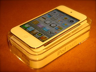 iPod Touch 4G white