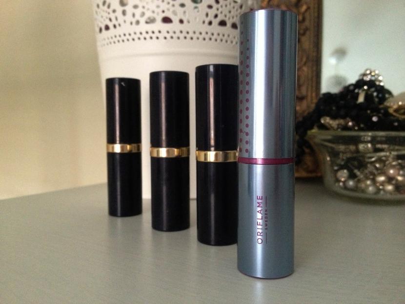 Oriflame_Triple_Core_Lipstick_'Nude_Peach' (2)