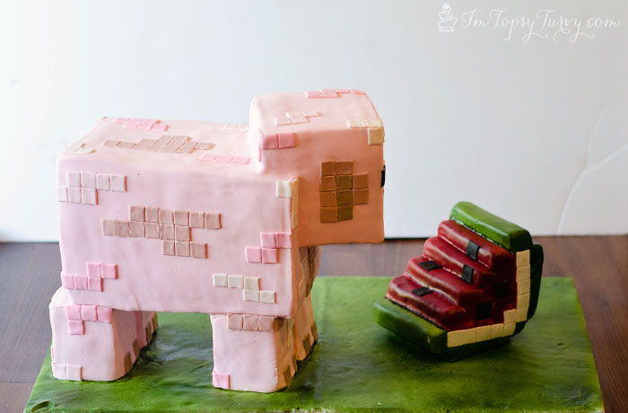 minecraft-cake-tutorial-watermelon-pig