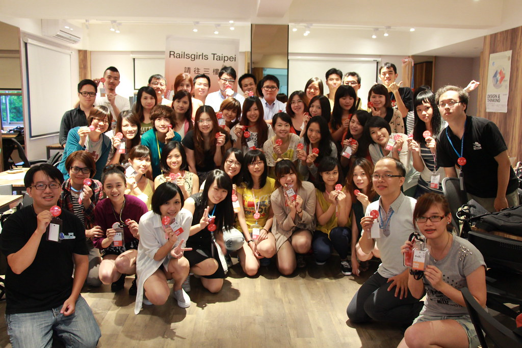Group photo of Rails Girls Taipei-01