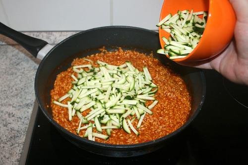 40 - Zucchini hinzufügen / Add zucchini