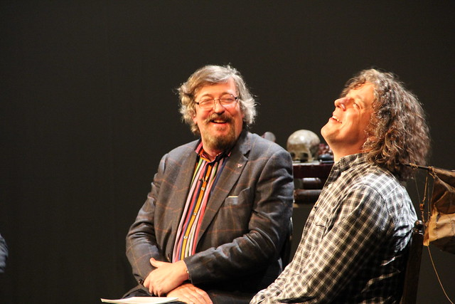 The Science of Opera with Stephen Fry and Alan Davies  © ROH / Mimi Doulton 2013