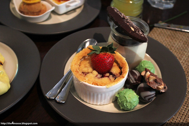 Waterfall Cafe - Desserts