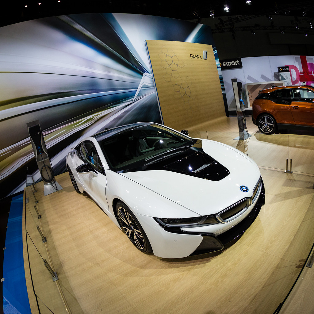 Crystal White BMW I8 Photos From LA Auto Show