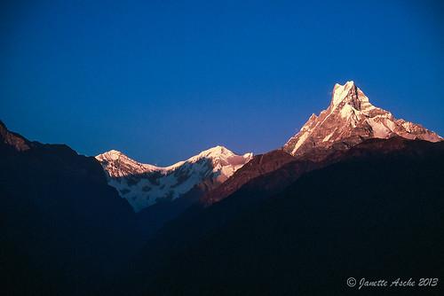 travel nepal sunset mountains film trekking asia hiking 1988 slide fujifilm pokhara himalayas scannedslide fishtail poonhill machhapuchhare ghorepani 35mmslidefilm kaski westernregion ghodepani